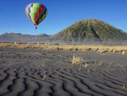 Ingin Liburan Naik Balon Udara Ala Turki? di Indonesia Ada Juga Loh