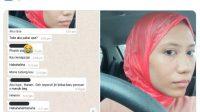 Lupa Bawa Jilbab, Wanita Ini Pakai Kantong Kresek Tutup Aurat