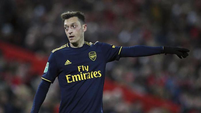 Oezil Masih Dibutuhkan Arsenal