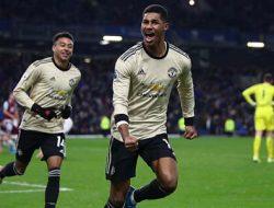 Manchester United Babat Burnley dengan Skor 2-0