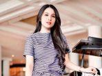 Digosipkan Artis dengan Bayaran Mahal, Ini Kata Sandra Dewi
