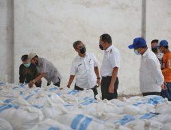Pastikan Kelengkapan Makassar Recover, Walikota Danny Tinjau Gudang Suplai