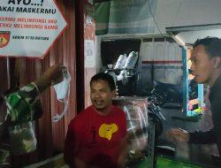 Warga Terjaring PPKM saat Makan di Warung